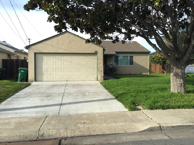 3 bed 2 bath home In East Bay Area - San Lorenzo - Haus