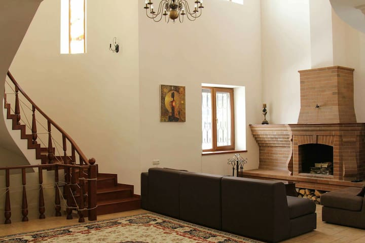 Comfortable house for you - Tsaghkadzor - Haus