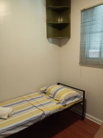 Private cozy room BGC 38th Drive near Uptown Mall