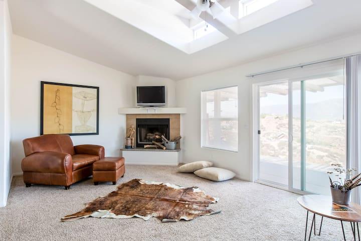 San Diego Sky House:  BBQ+FirePit+Golf+Lake+Casino