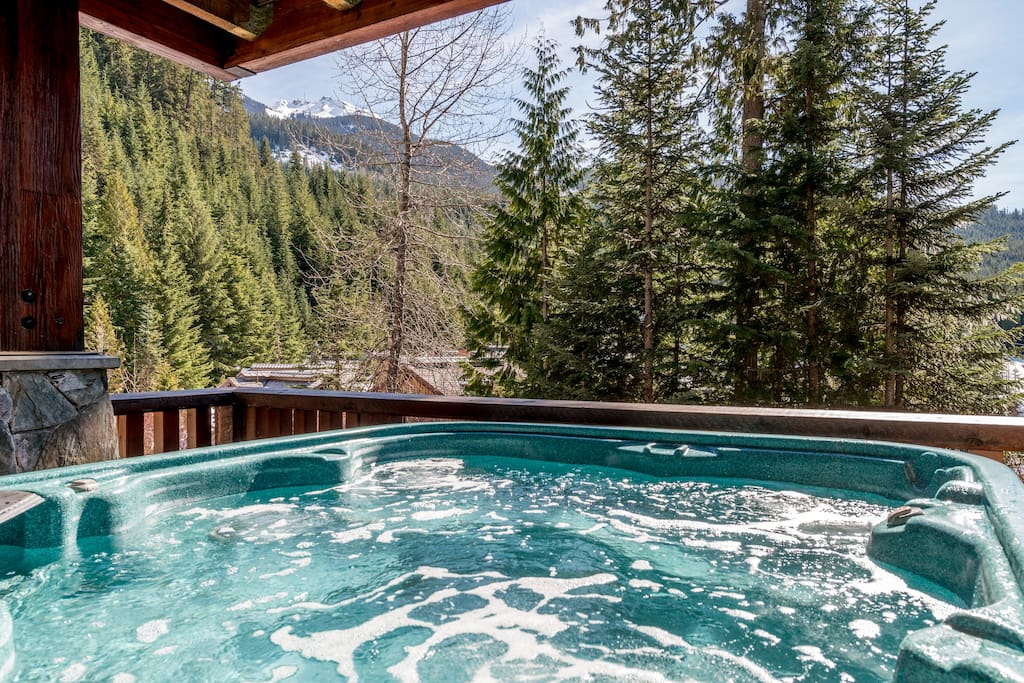 Jacuzzi with view Whistler Mountain
