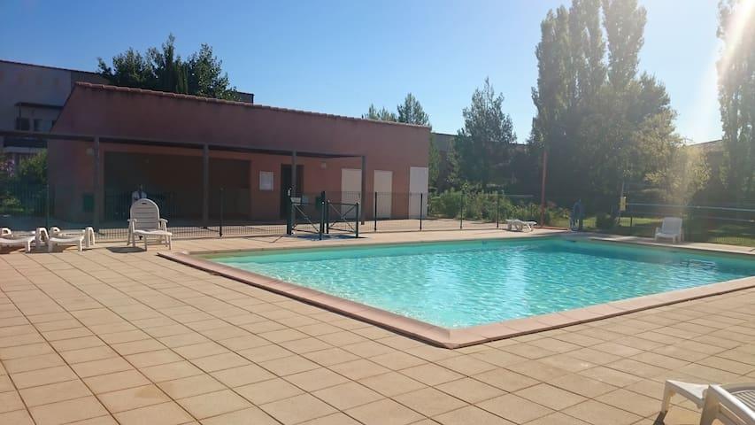 Logement entier 65 m2 T2  Aix en Provencee