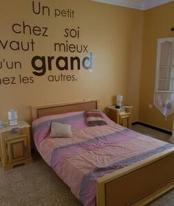Maison agréable ghazaouet tlemcen - Ghazaouet - บ้าน