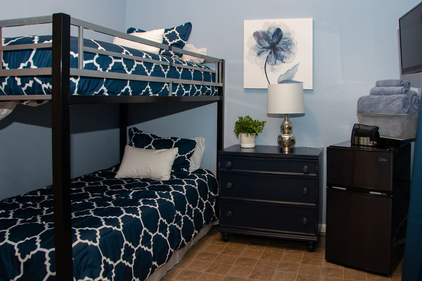 Have your separate space as you both unwind in this peaceful, relaxing bedroom equipped with ample heating, comfy bedding, and lots of channels and Netflix/Hulu choices to choose from!
