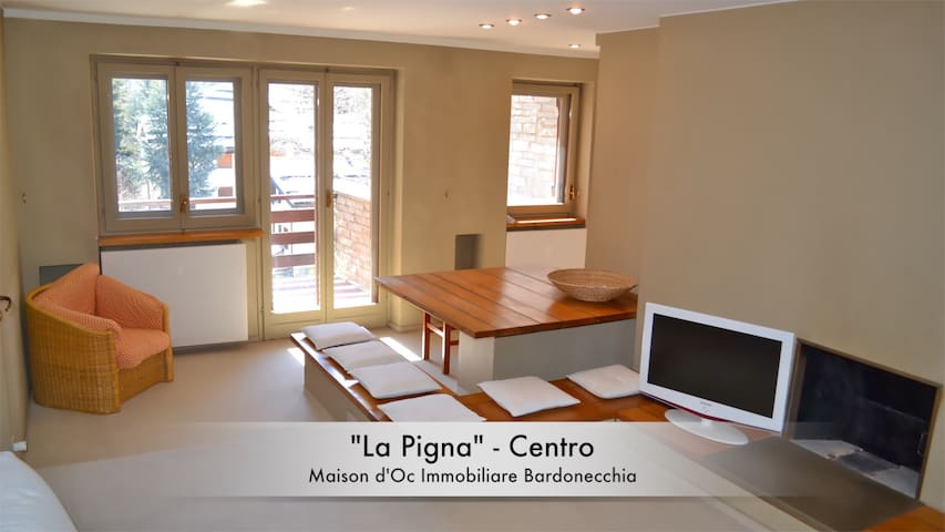 """La Pigna"" Center, Living Room & 2 Bedroms 6 Place - Bardonecchia - Apartment"