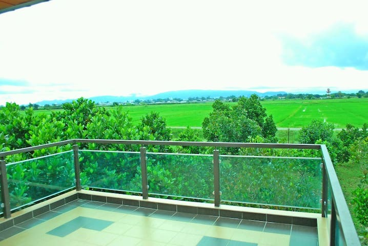 Homestay Puteri Kayangan ( 1st Floor) - Butterworth - House