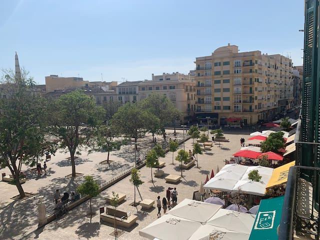 Habitación con vistas a Plaza de La Merced