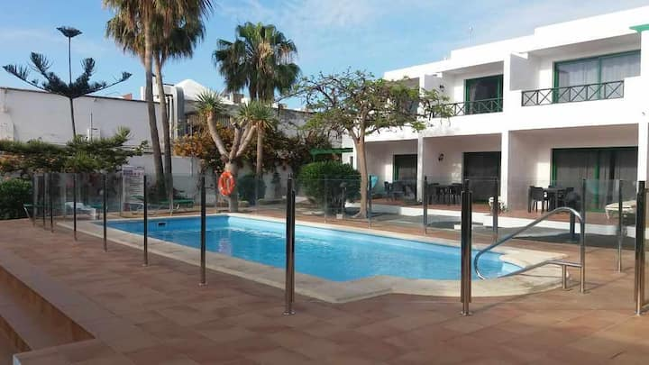 Paradise L7 - Grd Floor - 1 Bed - WiFi - Air-Con