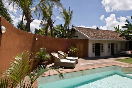 Central 2-person Villa With Fully Private Pool - Mantrijeron - Huvila