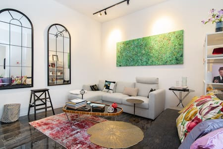 Retro-chic Apartment in Viale XX sett. con AirCond