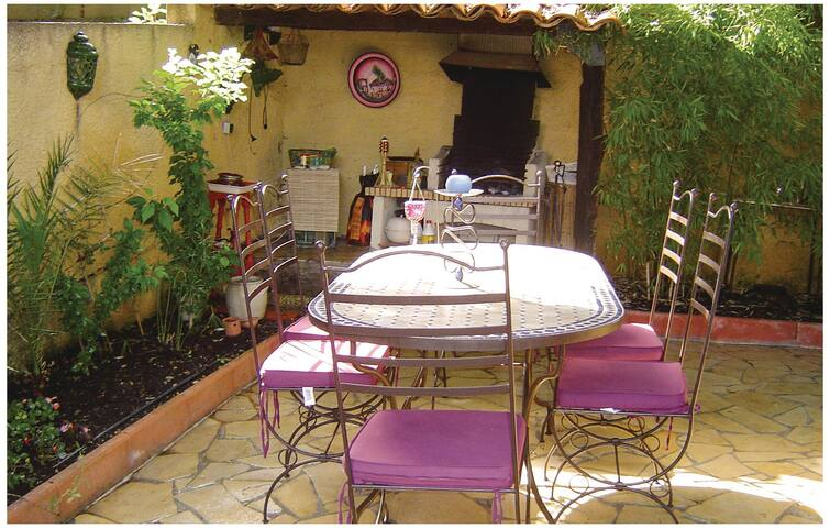 Semi-Detached with 2 bedrooms on 120 m² in Pignan