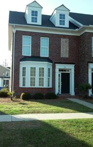 Beautiful 3 bedroom townhome - Charleston - Casa