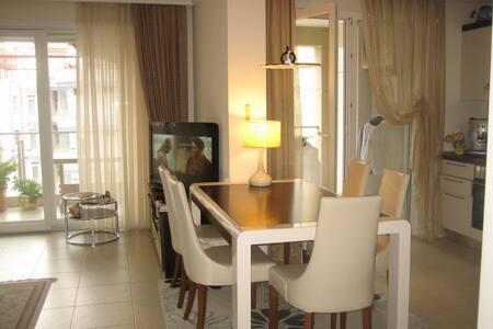 Люкс - апартаменты в Махмутларе - Alanya - Huoneisto