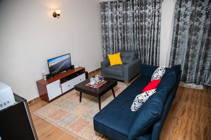 Cozy & chic apt opposite Garden City, Thika Road