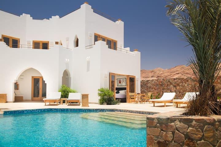 3 Bed Luxury Villa with Shared Pool - Qesm Saint Katrin - Villa