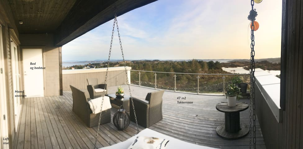 Stor villa med takterrasse og idyllisk beliggenhet - Steinsland - Casa