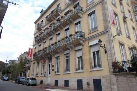Résidence Central Hôtel - Plombières-les-Bains - Flat