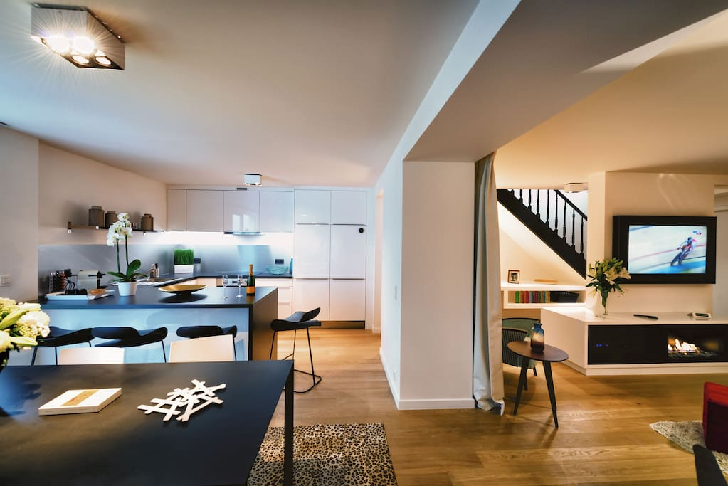 Dining Area with Fully-Equipped Kitchen