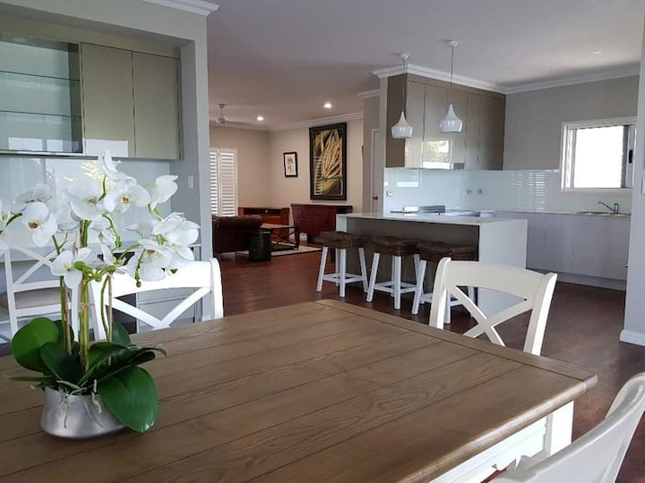 Excecutive living in a great location
