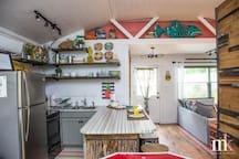 Kitchen, Dining area.
