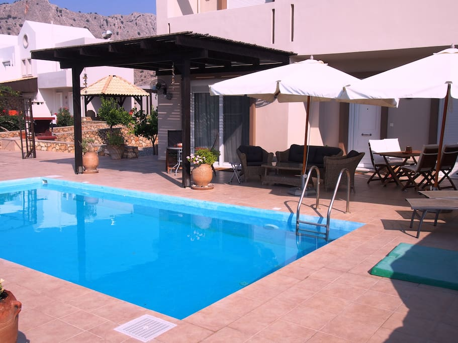 Patio & Swimming Pool