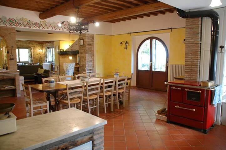 """Country house """"Poggiardelli"""" MONTEPULCIANO - Montepulciano - Villa"""