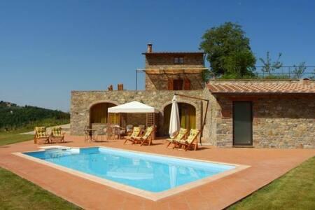 Panoramic villa with large garden, pool and sauna* - Gaiole In Chianti - Villa