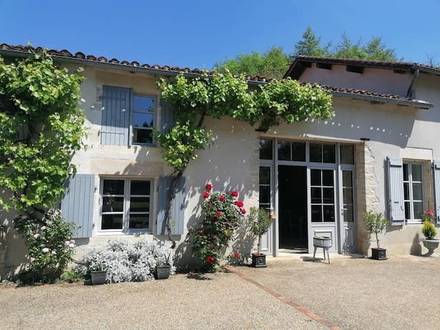 Luxe Moulin Chambre d'hotes boutique B&B Charente