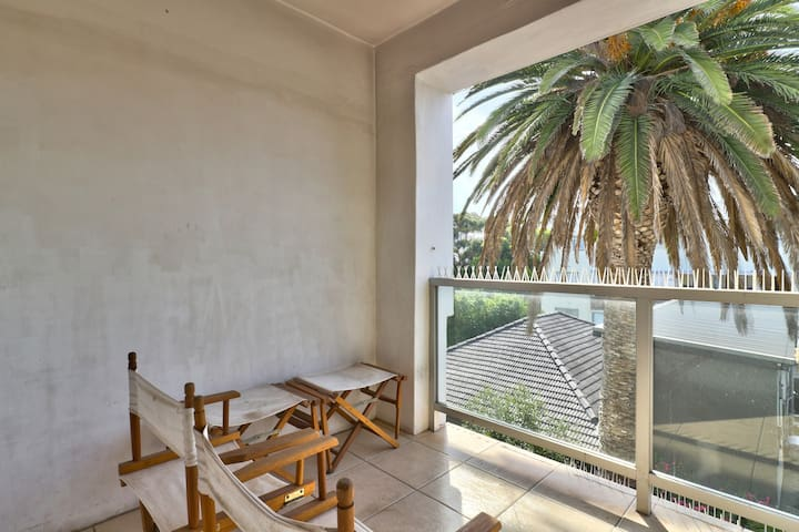 apartment with balcony and fast WIFI