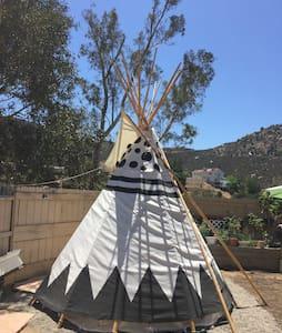 Spirit Sky Tipi @ Mystic Canyon Inn - El Cajon - Tipi