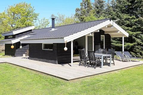Luxurious Holiday Home in Løkken Jutland With Whirlpool