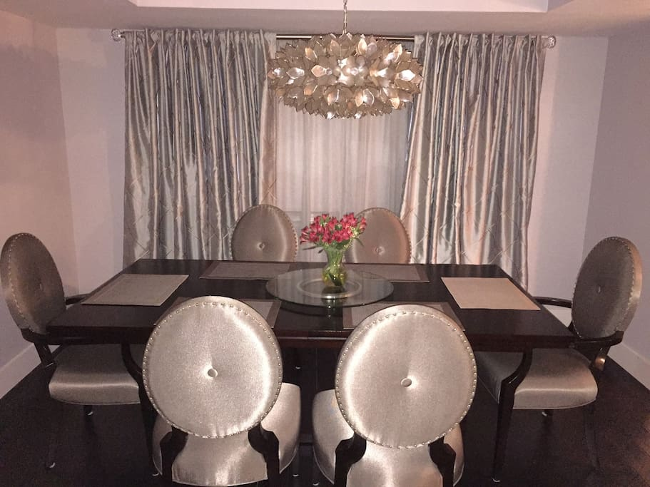 Dining room seats 6, elegant but durable.  Enjoy a home cooked meal from your gourmet kitchen or go out to dinner at one of many fine restaurants just minutes from your front door.