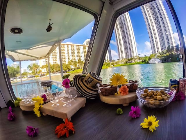 CLOUD9 FLOATINGHOUSE-An experience in the paradise - Sunny Isles Beach - Boot