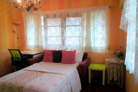 Minimal room for working or studying in Cosy home - 100/59 soi Central park ,kanchanawanit road ตำบล คอหงส์, สงขลา, TH