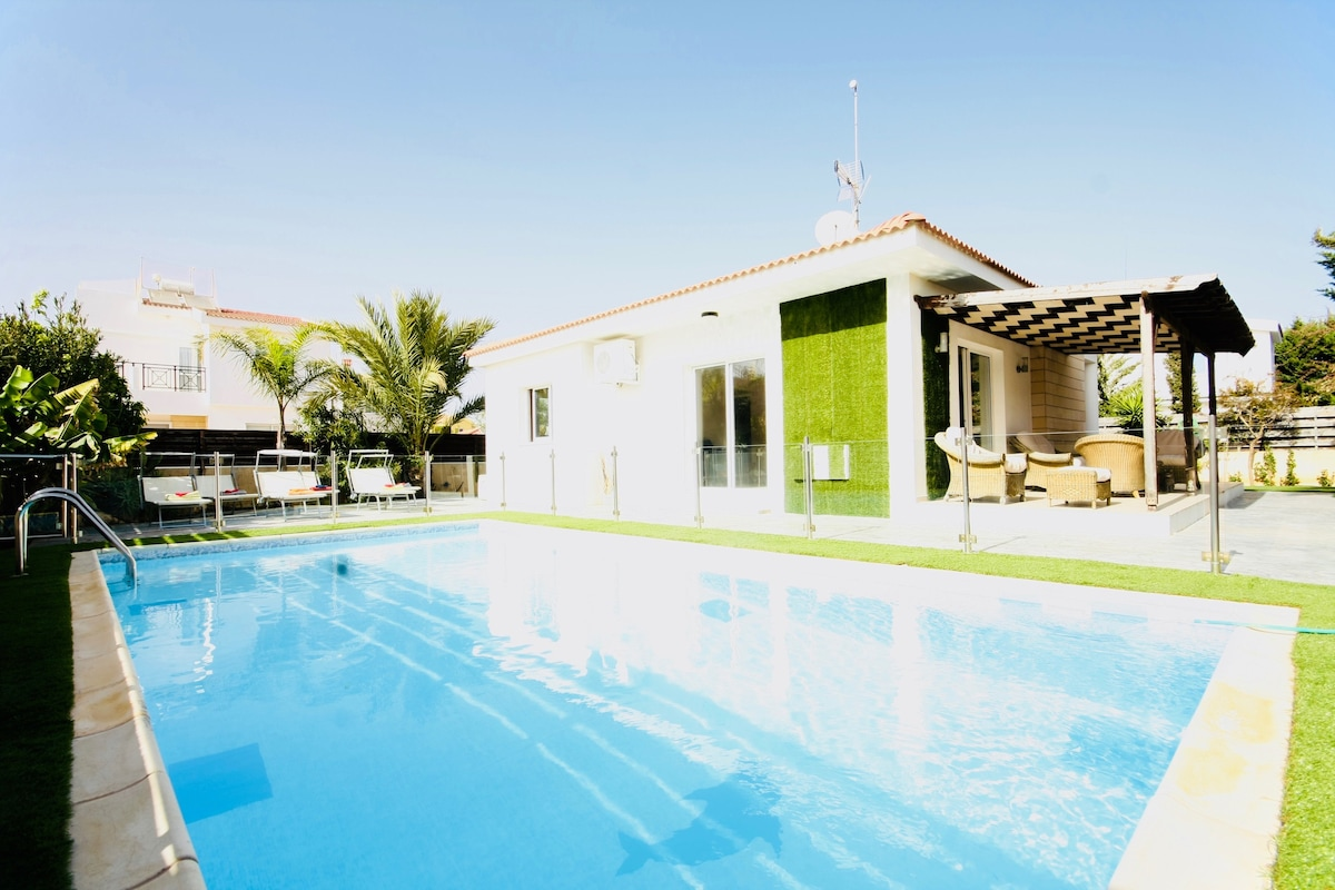 Bungalows With Swimming Pool Part - 16: Green Bungalow Safe Pool , Transfer Includet - Bungalows For Rent In Ayia  Napa, Gazimağusa, Cyprus