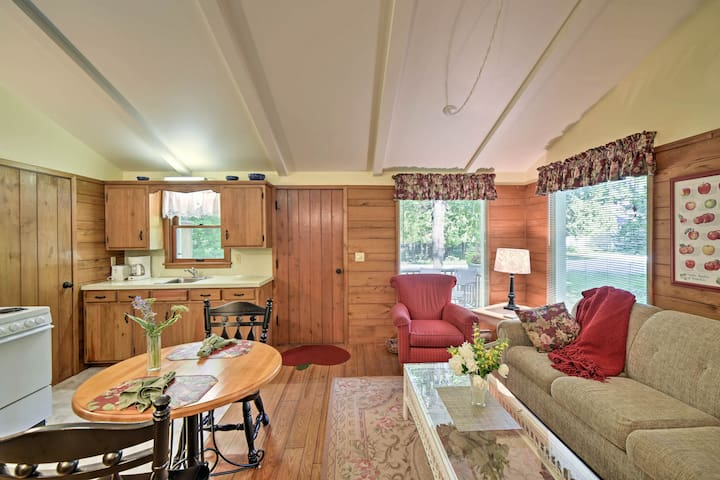 NEW! Cozy Ephraim 'Cedar Cottage' w/Private Deck!