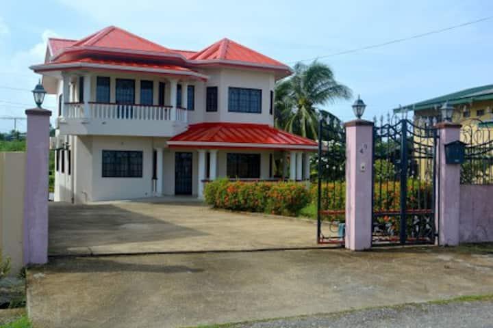 Southern Seaside Villa- Annex