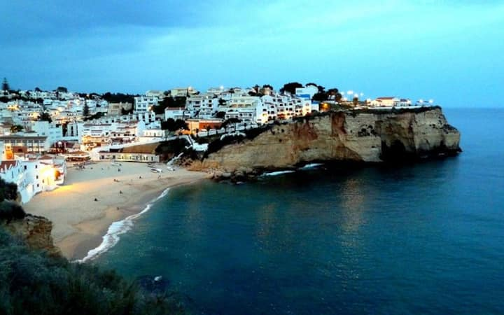 Lastminute apartment 1 minute from Carvoeiro beach