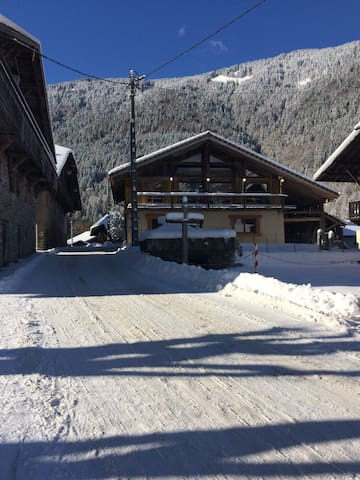 Ski in, Ski out rooms, St Jean d'Aulps, Morzine.
