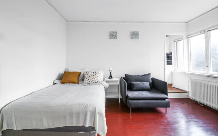 Studio Apt w/All You Need in Oslo's Best West End