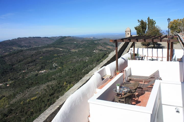 Marvão -Charming House with Terrace