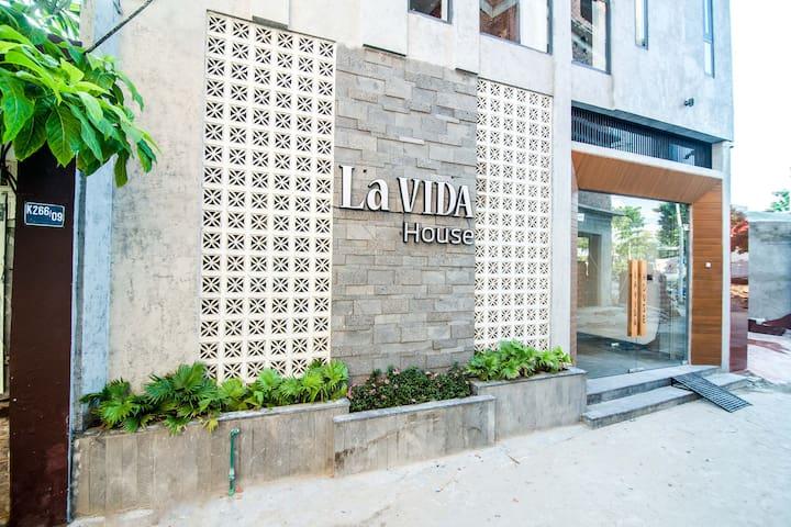 Family Studio A - La Vida House Da Nang
