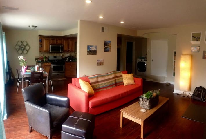 Amazing one bedroom condo in beautiful Carlsbad