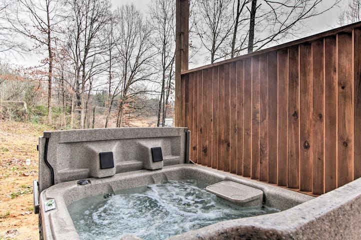 Sore quads? Soak away any tension in the private hot tub.