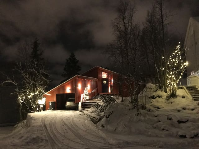 Cozy and central on Tromsø`s southern side