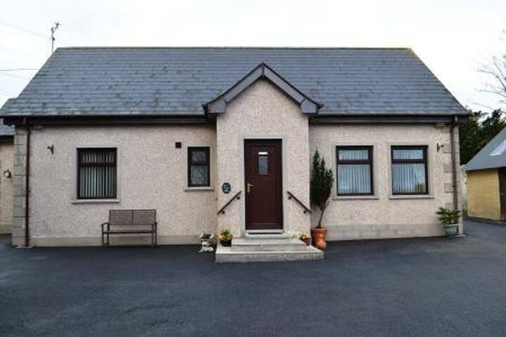 Drumgart Cottage - Ballycarry - Bungalow