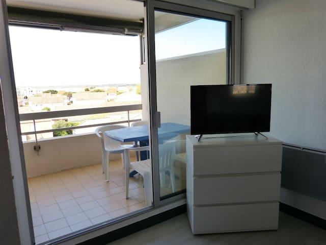 Superbe studio en front de mer avec terrasse