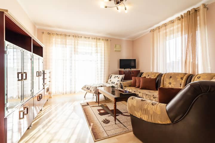 ⌛Enjoy Neat and Mellow VINTAGE Apt In Calm Place⌛