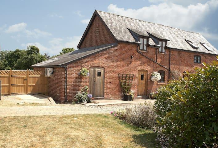 Pear Tree Cottage (Shropshire)
