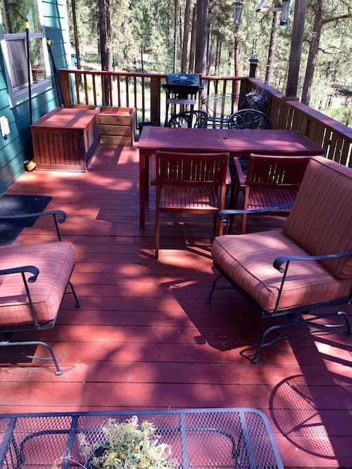 2nd-floor deck, fully furnished for summer relaxation.